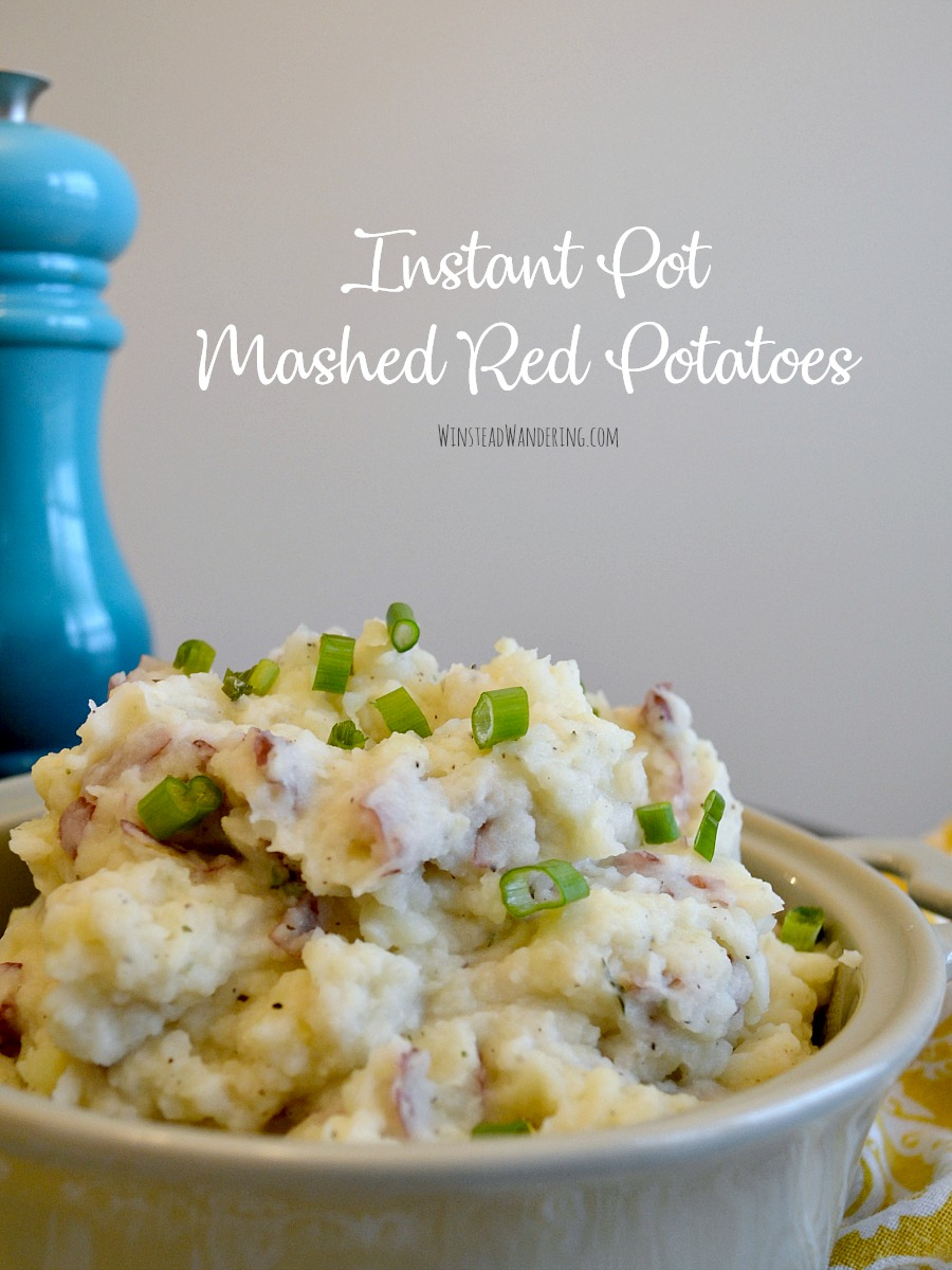Be the dinnertime hero by whipping up these Instant Pot Mashed Red Potatoes: the creamy, quick, flavorful version of everybody's favorite side dish.