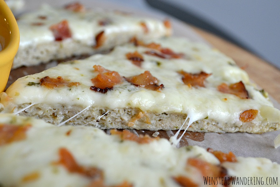 With a truly unique crust and a topping that includes crispy bacon and creamy ranch dressing, this Low Carb Chicken Bacon Ranch Pizza is sure to satisfy.